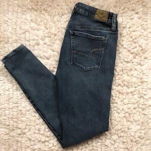 AE Hi Rise Super Stretch X4 Jeggings/Jeans